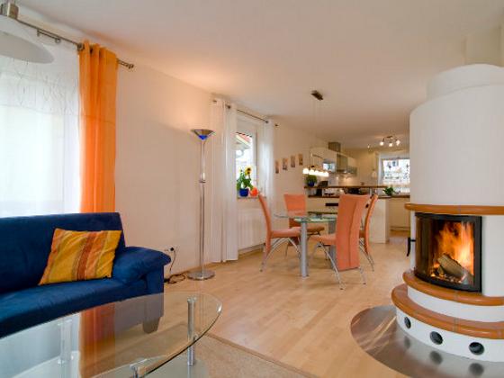 putze und farben ohne schadstoffe aktion pro eigenheim. Black Bedroom Furniture Sets. Home Design Ideas