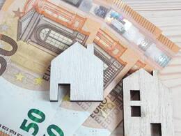 Holzhäuser auf Euroscheinen