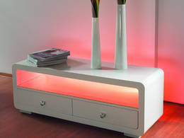 Sideboard mit roter LED-Beleuchtung
